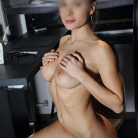 candice Big Boobs Escort girl